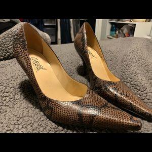 Carlos Santana Black/Brown Snake Skin heels